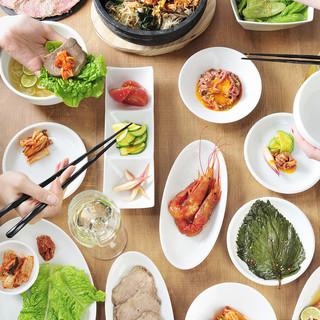 本場の韓国料理が味わえます