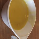 ビッグ ボーイ - スープバー 1杯目 コーンスープ