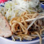 明神 角ふじ - 極太のコシが強い麺