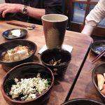 酒歩 たから - ・豆腐の白和えパクチー[390円] ・つぶ貝わさび[490円] ・ぬか漬け[390円]