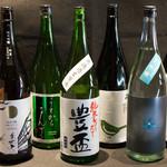 吉祥寺 三うら - 日本酒 花垣・美丈夫・うまからまんさく・豊盃・奥・北島