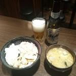 若狭家 - ビール  小瓶  サービス丼  500円
