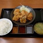 からやま - からやま定食・竹(745円)