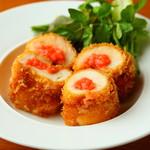 鶏むね肉の明太チーズロール揚げ