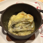 レストラン エム - 稚鮎とラクレットチーズを使った新ジャガイモのグラタン