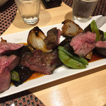 レストラン エム - 無凍結 スペイン産イベリコ豚 肩ロースの炭火ロースト