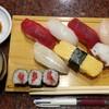 吉亀寿司 - 料理写真:ランチにぎり 860円