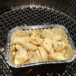 炭火焼肉 ソウル 浦和店 - 定番のニンニクゴマ油焼き