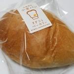 66947962 - 沖縄の塩パン(151円)です。