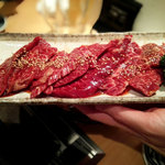 ホルモン焼肉 かめつる - 料理写真: