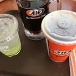 A&W - シトラスココ ココナッツソーダ、ルートビア、コーラ