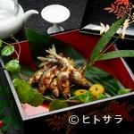 平等院表参道 竹林 - 香ばしさと食感が絶品! 琵琶湖産の天然もの『アユの塩焼き』