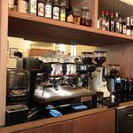 CAFE CUPOLA mejiro - 店内(カウンター内の風景)