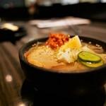 炭火焼ホルモン ぐう - 本場盛岡冷麺