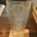 常陸野ブルーイング水戸 - 木内酒造麦焼酎の水割り550円