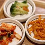 KOREAN KITCHEN ペゴパ - ナムル3種