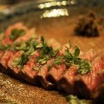 66965117 - 黒毛和牛イチボ肉の柔らかロースト