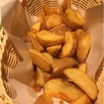 九州地鶏個室 阿蘇山 - 唯一美味しかったポテトフライ!冷食でしょうがようやくちゃんとしたものが出てきた!
