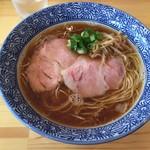 らぁ麺屋 はりねずみ - 醤油らぁ麺(750円)