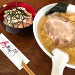 本格炭火焼き鳥 為五郎 - Bセット(塩ラーメン+地鶏たたき丼)