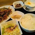 66977277 - 豚肉とピーマンの炒め定食・900円