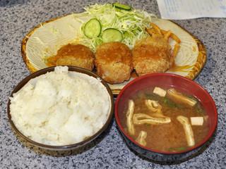 ハイライト - 蟹クリームコロッケ定食(小御飯)…460円