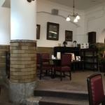 御影公会堂食堂 - リニューアル前と同じ空間です!
