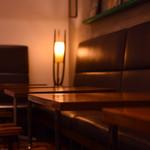カフェ&ブックス ビブリオテーク - お1人様から12名様までご利用いただけます