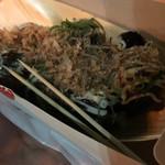 中洲名物 博多金蛸 - ソース味  10個  550円。