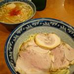 中華そば 中村屋 - つけ麺(並)(830円)+味玉(100円)+チャーシュー(350円)