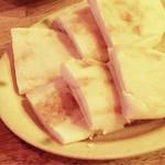 66993024 - 細切り鴨肉の甘味噌炒めに付く中国パン
