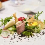 ビストロ ダイア - 豚ヒレ肉のポッシュ ニース風サラダ
