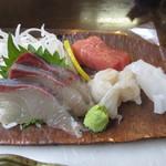 寿し膳かのこ - カンパチ、平目、アオリイカ、鮪の刺身