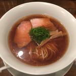 鳴龍 - 「醤油拉麺」750円