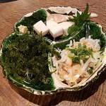 ニライカナイ うぶや - 「沖縄珍味盛り合わせ (1200円)」
