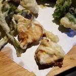 里山里海 奥能登や - 鱈と子持ちのししゃもが2本の天ぷらが付いてくる
