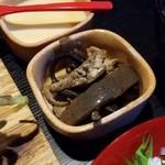 里山里海 奥能登や - 小鉢もなかなか美味しい