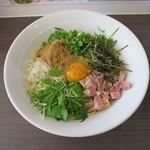 塩白湯らーめん ソラシオ - 料理写真: