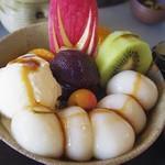 茶房 雲母 - 白玉フルーツクリームあんみつ