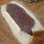 食パン専門店 利 - つぶあんと発酵バター  つぶあん美味しい