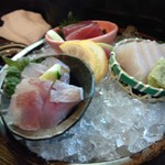海鮮酒場 しーきんぐ - 料理写真:お造り マグロ、カンパチ、レンコ鯛