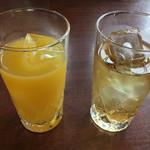 久ぼ多屋 - サービスのドリンク  リンゴとオレンジ