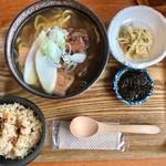 沖縄ごはん くくる食堂 - ミックスそば定食