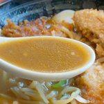 麺屋ここいち 元祖尾張中華そば - ココイチのカレーソースがベースのマイルドなカレーラーメンです。