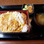 いっちょう - ロースカツ重(1,069円)