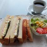 長崎県美術館カフェ - 長崎県産ハムとタマゴのサンドイッチセット(1,000円)
