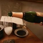 天ぷらと泡 ぱちぱち - スパークリングワイン①