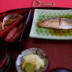 喫茶・お食事・おみやげ かもめ - 刺身定食のその他お惣菜