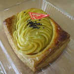みちパン - 料理写真:スイートポテト200円(外税)。