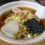 中華料理 しまむら - ラーメン(400円)